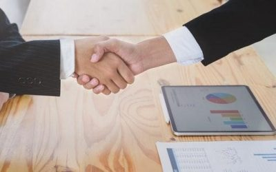 RESOLVING CONFLICTS AND  MAKING DEALS USING PREDICTIVE ANALYTICS